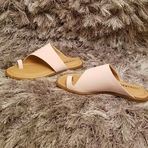 Lucky Brand Anora Toe Ring Sandals Peach Whip